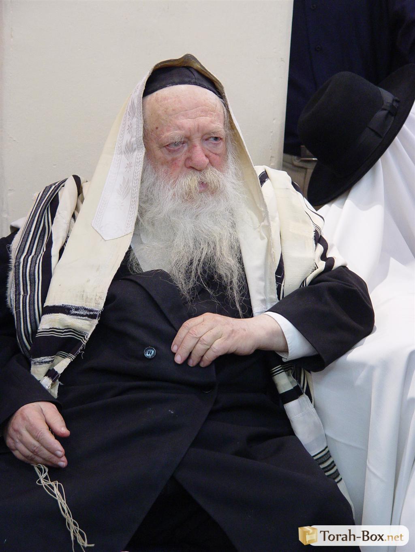 Jew Detector: Rav Kanievsky, The Tzitzit Detector